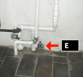 Luk for vand til toilet